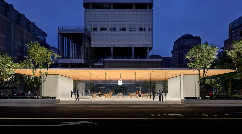 『 五倍券買蘋果新品 』三大熱門 QA!用五倍券買 iPhone 划算嗎?實體券和數位券怎麼用最有感?銀行和各大通路有哪些優惠?